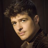 RobinThicke - hairstyle